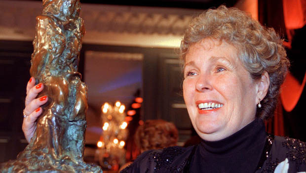 Writer Bonnie Burnard accepts the Giller Prize at the Four Seasons hotel in Toronto Wednesday Nov. 3, 1999.  Burnard's book, A Good House, beat out four other finalists for the award. (CP Photo/Kevin Van Paassen)